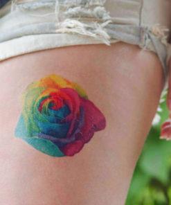 tatuagem temporária rosa arco íris