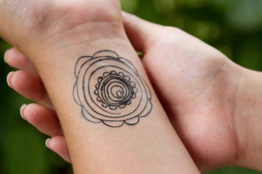 tatuagem-temporária-florzinha