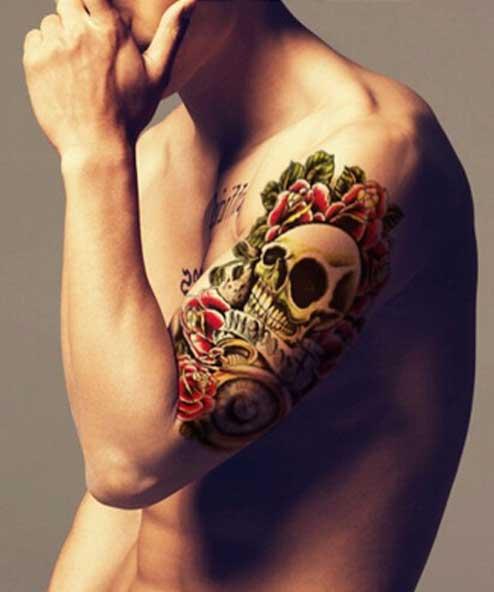 tatuagem temporária caveira e rosas