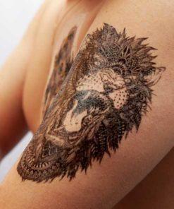 tatuagem temporaria leão