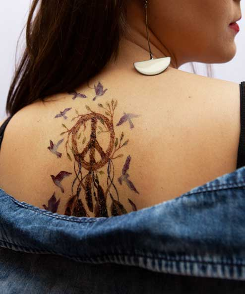 tatuagem temporaria andorinha